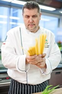 piotr-murawski-szef-kuchni-knorr