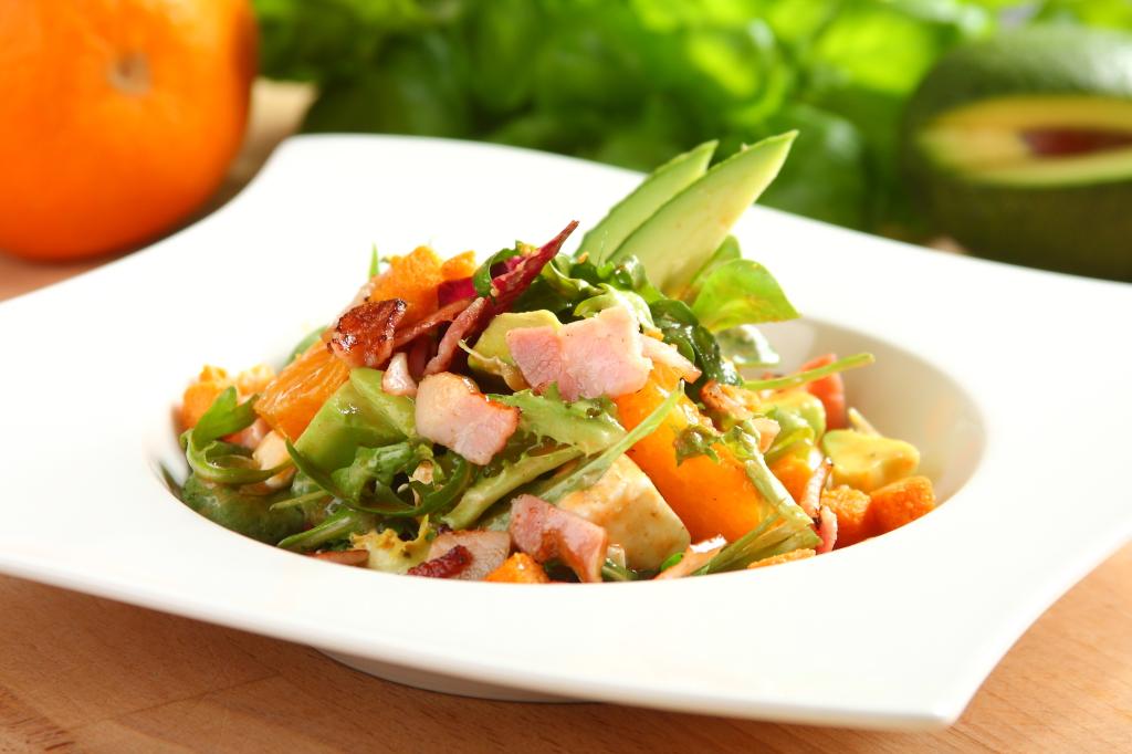 Salatka Szefa z pomaranczami i awokado2