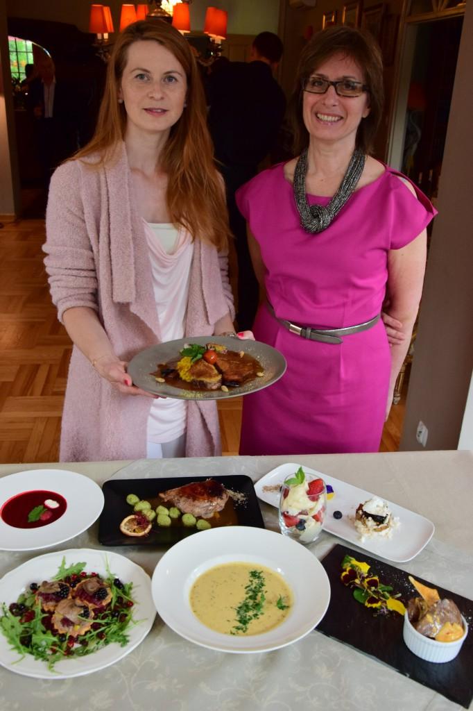 Elżbieta Pawlowski, FOODandKITCHEN.pl, Małgorzata Wychowaniec, matka właściciela restauracji. Fot. J.A. Kwiatkowski