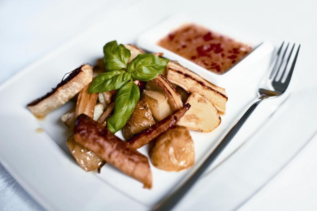 pietruszka-i-ziemniaki-w-zelazo-sosie-slodko