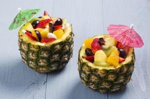 salatka-w-ananasie