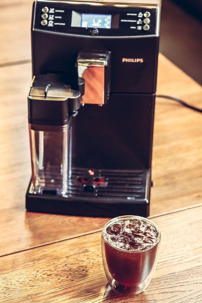 Drink kawowy z likierem pomarańczowym