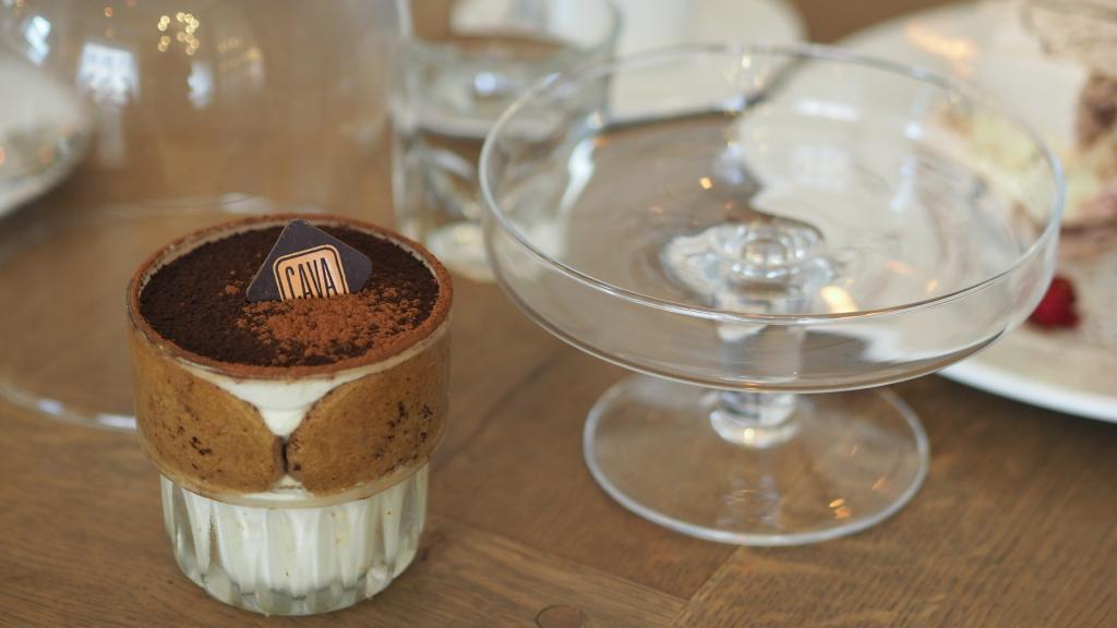 Tiramisu na biszkopcie z espresso, winem marshala i mascarpone